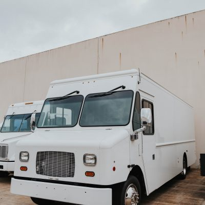 white-truck-used-to-convert-to-food-trailer-by-trailer-king-builders
