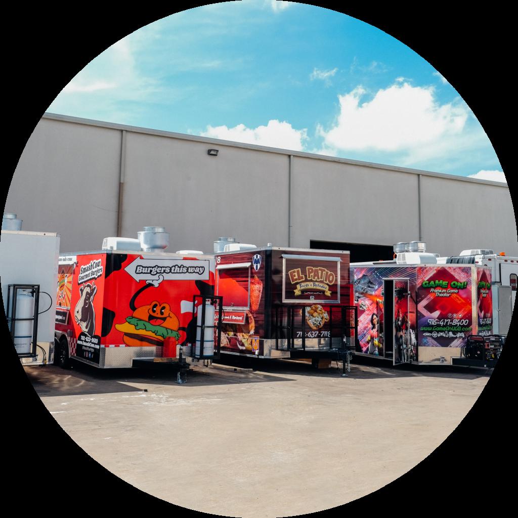 line-of-food-truck-built-by-trailer-king-builders
