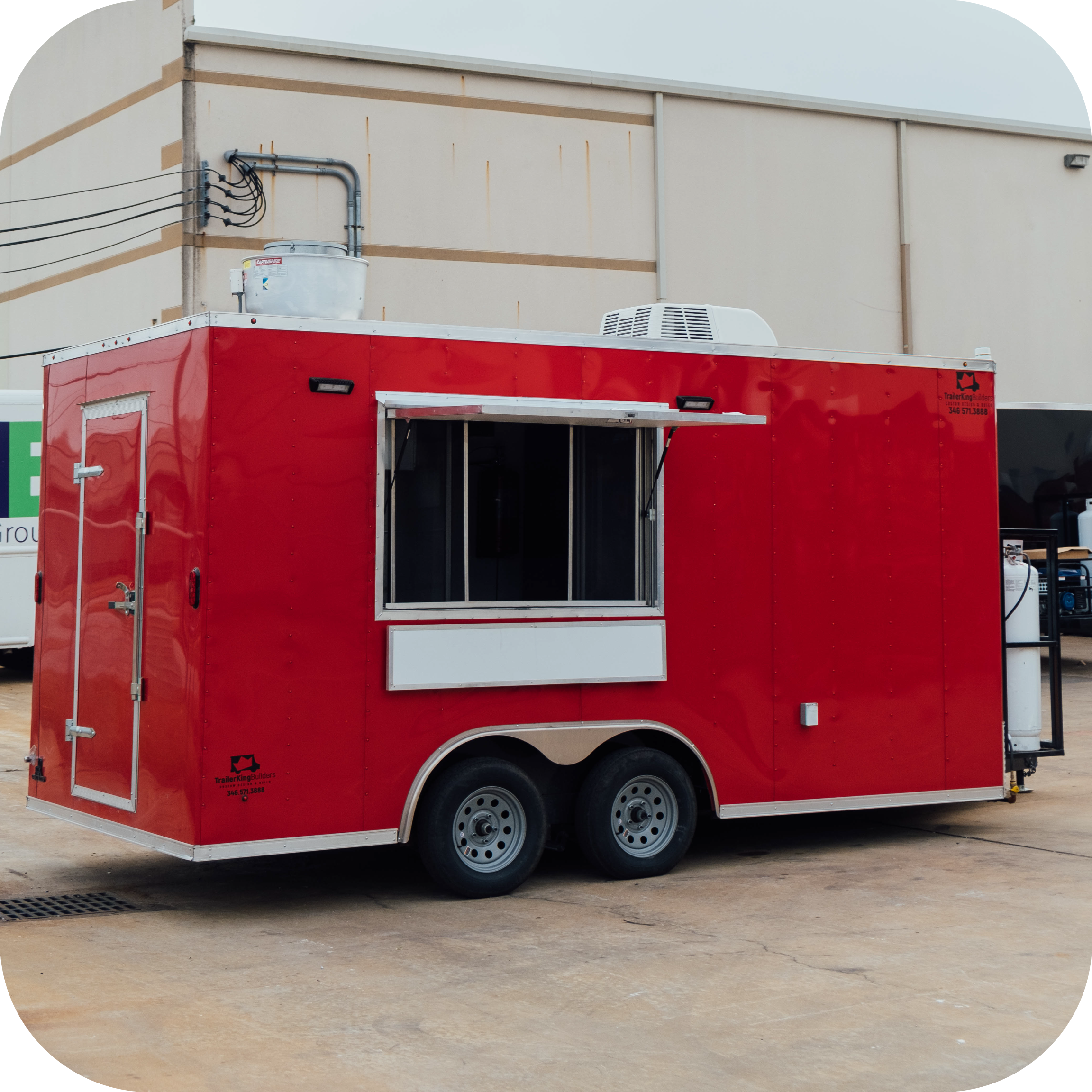 squared-image-with-soft-corners-of-red-food-trailer-made-by-trailer-king-builders
